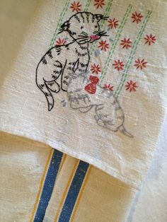 Vintage Kitten Tea Towel Cream with Stripes by TheLittleThingsVin