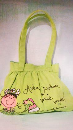 "Pikkusöpö omena ""Aika juoksee mie myös!"" laukku Gym Bag, Lunch Box, Bags, Purses, Duffle Bags, Taschen, Totes, Hand Bags, Bag"