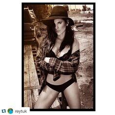 #Repost @reytuk with @repostapp. ・・・ Femme Fatale on the road @mariafelina #Miami #FemmeFatale #MariaFernandaYepes #Actress #RosarioTijeras #LaTeniente