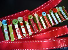 Cute clothespins to hold xmas cards