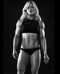 Fitness Inspiration, Crossfit Girls, Model Training, Muscular Women, Strong Girls, Strong Women, Muscle Girls, Bodybuilding Workouts, Fit Women
