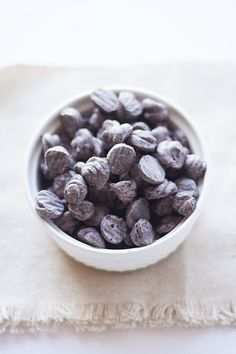 cookies and cream frozen yogurt dots | heathersfrenchpress.com