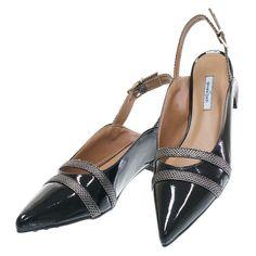 e181c8570 14 melhores imagens da pasta Sapatilhas Chanel | Fashion shoes, Flat ...