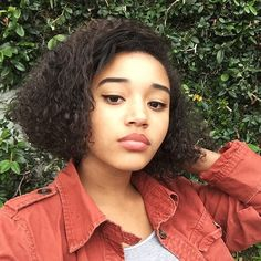 Amandla Stenberg Is Instagram's New Breakout Beauty Star—And Here's Proof