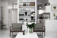 Kungsholmen apartment. Styling: Lotta Agaton Photo: Pia Ulin. Elle Interiör.