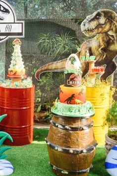 Check out this cool Jurassic Park Dinosaur birthday party! The dessert table is awesome! See more party ideas and share yours at CatchMyParty.com   #catchmyparty #partyideas #jurassicpark #dinosaurs #dinosaurparty #boybirthdayparty Dinosaur Cake, Dinosaur Birthday Party, Boy Birthday Parties, Dessert Table Backdrop, Dessert Tables, Bridal Shower Cakes, Baby Shower Cakes, Kids Party Themes, Party Ideas