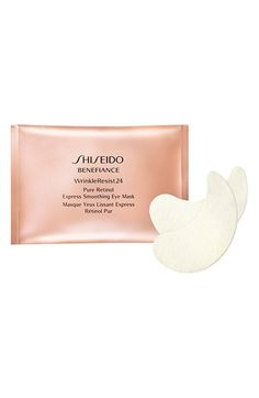 CEW's Insiders' Choice Beauty Award Winner! Shiseido's quick, concentrated treatment eye masks reduce the appearance of wrinkles, even with just one application. Lifesaver if you are under a great deal of stress or had a late night. Plus, you can even use them to reduce laugh lines around the mouth. DERMATOLOGIST-TESTED AND OPHTHALMOLOGIST-TESTED.