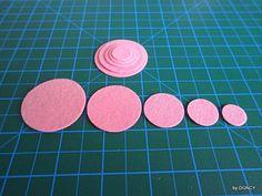 Pink felt circle set 100pcsdie cut felt circlecraft by DGNCY