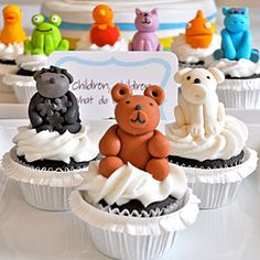 What do you see? A perfect Brown Bear party just for me! Join us as we celebrate a birthday based on the classic children's book.