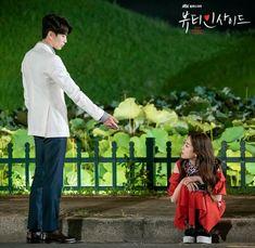 Korean Drama Movies, Korean Dramas, Wallpaper Lockscreen, Wallpapers, Seo Hyun Jin, Descendents Of The Sun, Master's Sun, Uncontrollably Fond, Doctor Stranger