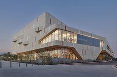 Roberts Pavilion by JFAK Architects  Photograph by Benny Chan/Fotoworks