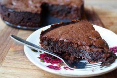 kerstdessert Archives - Focus on Foodies Healthy Brownies, Healthy Cake, Healthy Cookies, Healthy Treats, Healthy Baking, Sugar Free Desserts, Sugar Free Recipes, Sweet Desserts, Raw Food Recipes