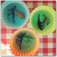 Frozen Dinosaur Play - Dinosaur activities for kids