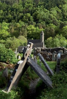 /\ /\  . 8-12th century Ireland