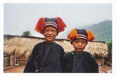 Enfants Yao, Ban Tashiluang.  Province de Phongsaly - Bali