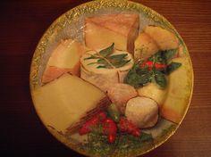 "Дополнение к набору Три тарелки»In vino veritas"" http://dcpg.ru/blogs/617/ Click on photo to see more! Нажмите на фото чтобы увидеть больше! decoupage art craft handmade home decor DIY do it yourself plate"