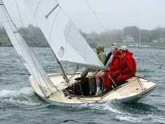 Ensign Sailing Boat | the deck on my Pearson Ensign-shields-class-164-.jpg