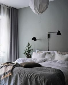Home Interior Design my scandinavian home: A Swedish Interior Stylist and Photographer's Haven Swedish Bedroom, Scandinavian Bedroom Decor, Scandinavian Home, Scandinavian Apartment, Greige, Swedish Interiors, Modern Interiors, Bedroom Decor For Couples, Bedroom Ideas