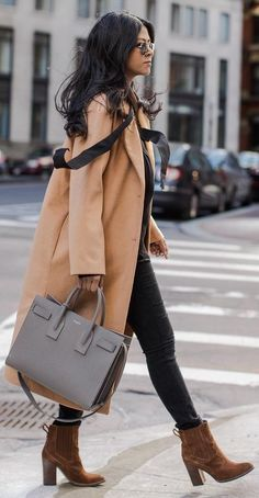 #winter #fashion / Camel Coat & Booties + Grey Leather Tote