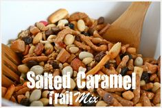 Blooming on Bainbridge: Salted Caramel Trail Mix Best Weight Loss Pills, Weight Loss Snacks, Healthy Weight Loss, Trail Mix Recipes, Fun Recipes, Vinegar Weight Loss, Weight Loss Smoothie Recipes, Game Day Snacks, Pug
