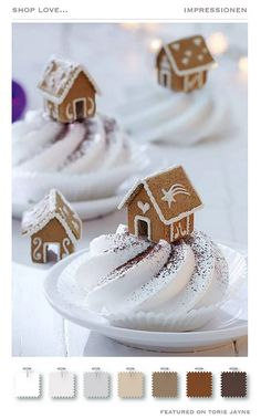 DIY-Tipp: So bauen Sie ein Mini-Lebkuchenhaus So sweet :] With these mini gingerbread houses you can really impress. Christmas Gingerbread House, Noel Christmas, Christmas Goodies, Christmas Desserts, Christmas Treats, Christmas Baking, Gingerbread Cookies, Gingerbread Houses, Xmas