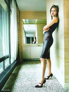 Angela Lindvall by Raymond Meier for Vogue UK - Jitrois