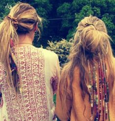 Lots of hair wraps, love this! If only my hair was thick enough