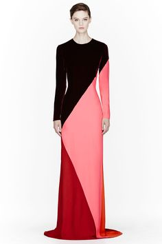 Stella McCartney Burgundy Colorblocked Silk Velvet Gown Striking look. Fashion Mode, Modest Fashion, Hijab Fashion, Womens Fashion, Muslim Fashion, Stella Mccartney, Hijab Stile, Velvet Gown, Looks Style