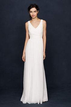 26 Under-$1K Wedding Dresses That Don't Look Cheap #refinery29 http://www.refinery29.com/cheap-wedding-dresses#slide1