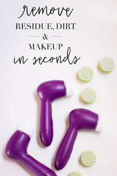 Show your skin some love with this lightweight, two-speed power brush. It gently massages as it thoroughly cleans skin, removing makeup 85% better than cleansing by hand!* | Mary Kay