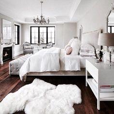 Warm and cozy bedroom cozy bedroom ideas for small rooms home interior design cozy and comfy . warm and cozy bedroom Cozy Bedroom, Dream Bedroom, Bedroom Decor, Bedroom Ideas, White Bedroom, Feminine Bedroom, Design Bedroom, Bedroom Modern, Lux Bedroom