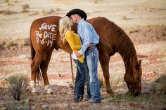 New Mexico Rustic Engagement Shoot | Lyndsey Garber Photography | Reverie Gallery Wedding Blog