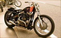 Cafe racers, scramblers, street trackers, vintage bikes and much more. The best garage for special motorcycles and cafe racers. Vintage Bikes, Vintage Motorcycles, Custom Motorcycles, Custom Bikes, Ironhead Sportster, Custom Sportster, Harley Davidson Sportster, Old Scool, Inazuma Cafe Racer