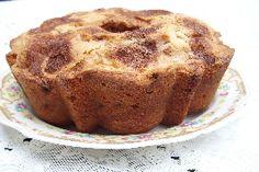 Sour Cream Coffee Cake | recipe from old-fashion-recipe.com