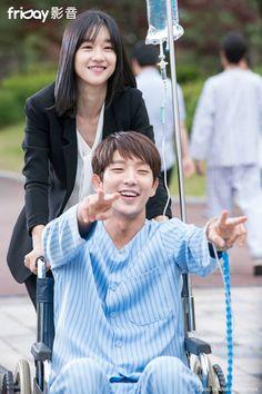 "Lee Joon Gi as Bong Sang Pil 🤜🤛 ""Lawless lawyer"" Joon Gi, Lee Joon, Lee Jong Ki, Wang So, Moon Lovers, Best Couple, Actor Model, Korean Actors, Lawyer"