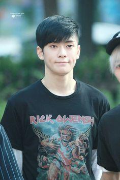 Boy Music, Nct Yuta, Jung Yoon, Valentines For Boys, Jung Jaehyun, Jaehyun Nct, Haircuts For Men, Kpop Groups, Nct 127