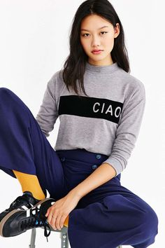 Silence + Noise Ciao Cozy Sweatshirt - Urban Outfitters
