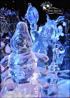 Caterpillar & Rabbit from Alice In Wonderland @ Ice Sculpture festival Bruges (Belgium)