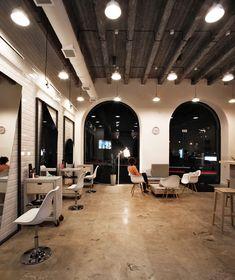 Galería de OD Blow Dry Bar / SNKH Architectural Studio - 8