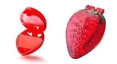 Pinta labios frutillita #retro obvio que la comía y después con dolor de guatita jejejej xD