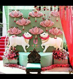 Most popular wedding cakes designs traditional ideas Floral Wedding Decorations, Backdrop Decorations, Diwali Decorations, Festival Decorations, Flower Decorations, Background Decoration, Backdrops, Wedding Ideas, Outdoor Weddings