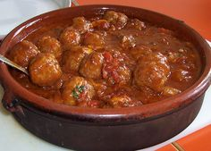 Albondigas Spanish meatballs - recipe with picture - Rezepte - Meat Recipes Turkey Meat Recipes, Slow Cooker Meat Recipes, Healthy Meat Recipes, Meatball Recipes, Grilling Recipes, Mexican Dinner Recipes, Meat Recipes For Dinner, Latin Food, Spanish Meatballs