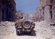 """La seconda guerra mondiale a Colori: La campagna italiana e la """"Road to Rome"""" - WWII - Seconda Guerra Mondiale"""