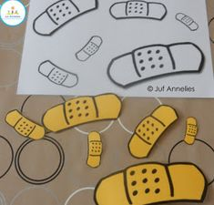 Senses Preschool, Preschool Learning Activities, Dramatic Play Themes, Vernal Equinox, Felt Books, Classroom Fun, Kindergarten Teachers, Learning Colors, Matching Games