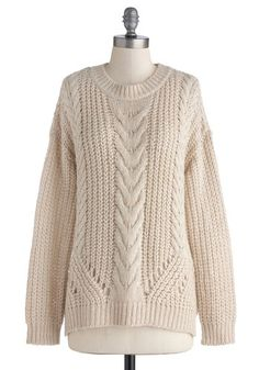 flaunt your lovely cardigan in new cable knit cardigan Cable Knit Cardigan, Cable Knit Sweaters, Pullover Sweaters, Comfy Sweater, Sweater Cardigan, Vintage Sweaters, Modest Dresses, Autumn Winter Fashion, Lana