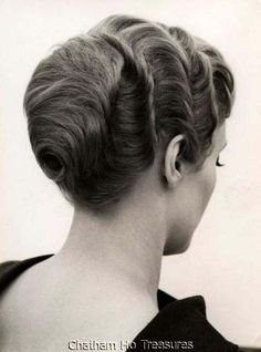Vintage Beauty Shop Hair Salon Photo Hairstyle 50s 60s w Back Waves