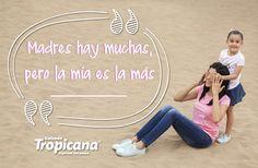 Madres hay muchas, pero la mía es la más ________  #DíaDeLaMadre #Calzado #moda #Tendencias #Tropicana