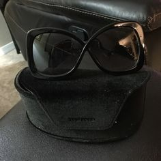 Tom ford sunnies Brand new never worn sat in my drawer these are a must have!!! Comes with box authentication card and cleaner. Purchased at Barneys Tom Ford Accessories Sunglasses