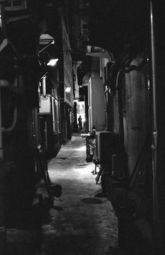 Photo: Shinjuku - Ruelle sombre