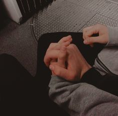Image shared by Caspian. Find images and videos about love, boy and grunge on We Heart It - the app to get lost in what you love. Cute Gay Couples, Cute Couples Goals, Couple Goals, Daddy Aesthetic, Couple Aesthetic, Relationship Goals Pictures, Cute Relationships, Couple Holding Hands, Teen Romance
